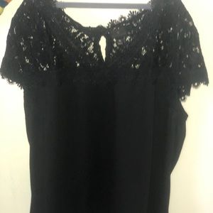 Gorgeous lace top perfect for holidays!